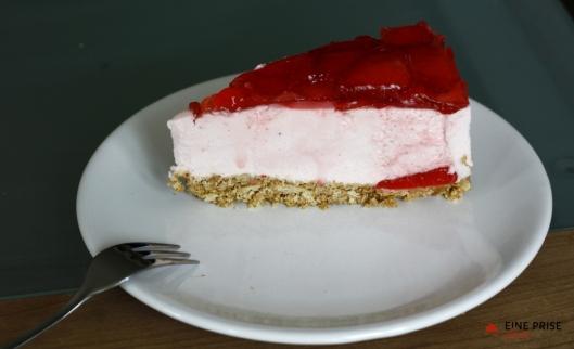 Erdbeer-Holunder-Moussetorte(3)