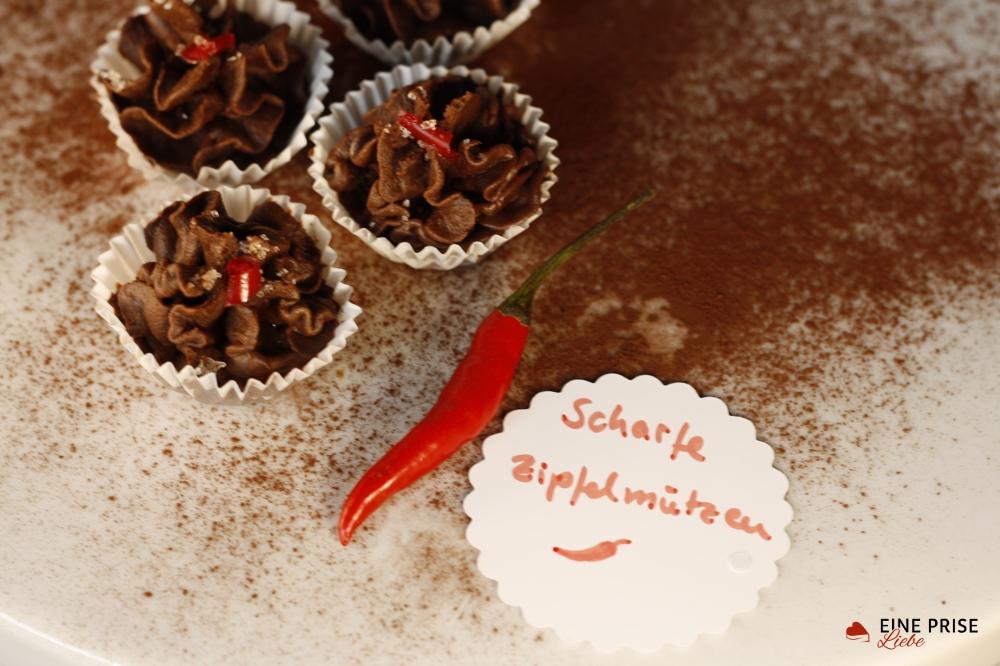 Scharfe Zipfelmützen(1)